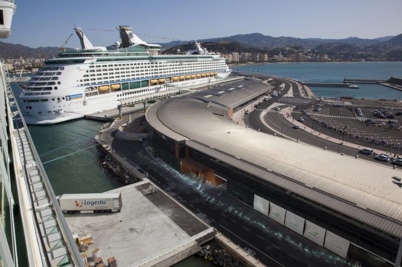Los cruceros dan un superávit de 4,3 millones de euros al Puerto de Málaga