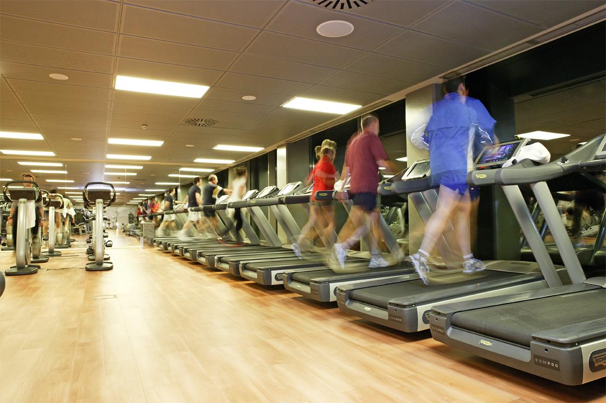 El esfuerzo físico de los gimnasios