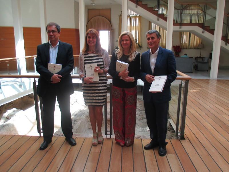Las universidades de Barcelona y Málaga rinden un homenaje póstumo al catedrático Antonio Parejo