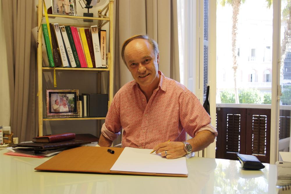 Ángel Palazuelos, un romántico de alta costura
