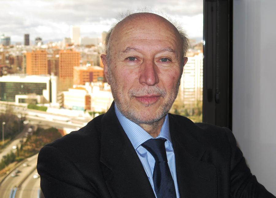 """""""España lanzará un satélite de  tecnología propia a finales de 2015"""""""