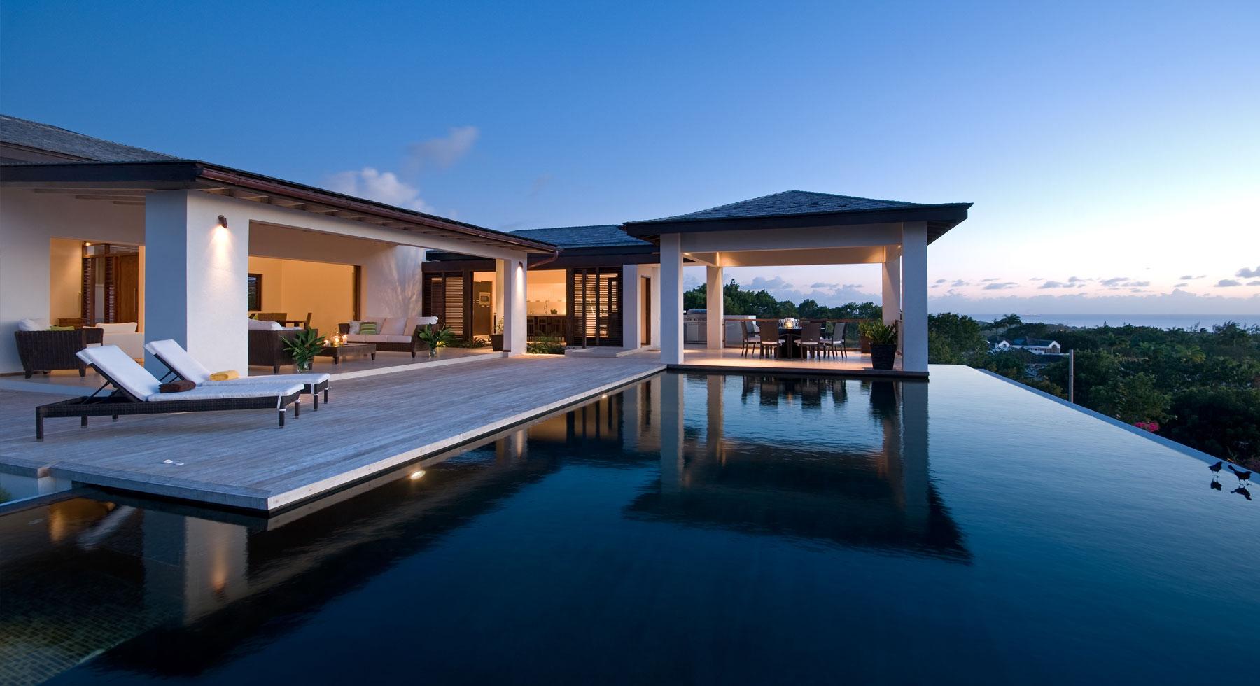 Marbella abandera la  recuperación residencial