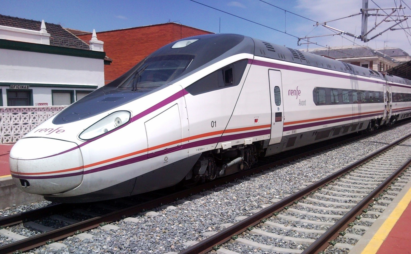 RENFE Málaga AVE connects with León