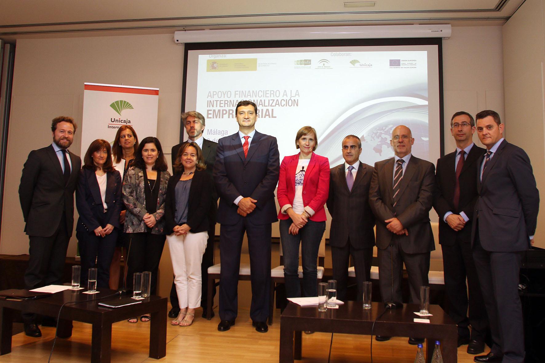 Unicaja colabora con ICEX y EXTENDA en una jornada sobre apoyo financiero a la internacionalización empresarial