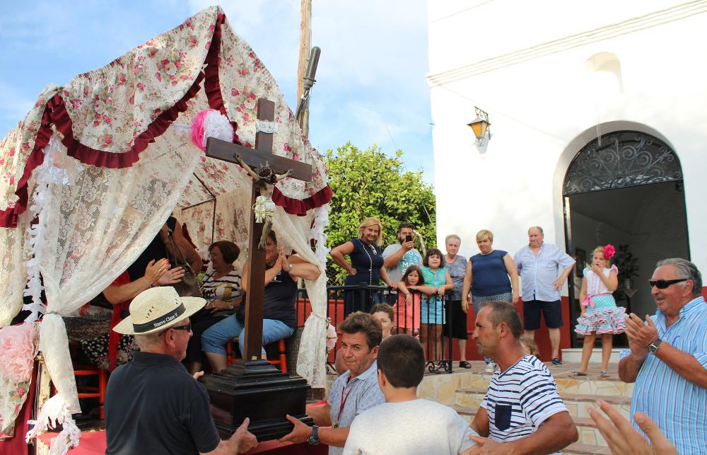 Alhaurín el Grande disfruta con devoción su tradicional Romería en honor al Cristo de las Agonías