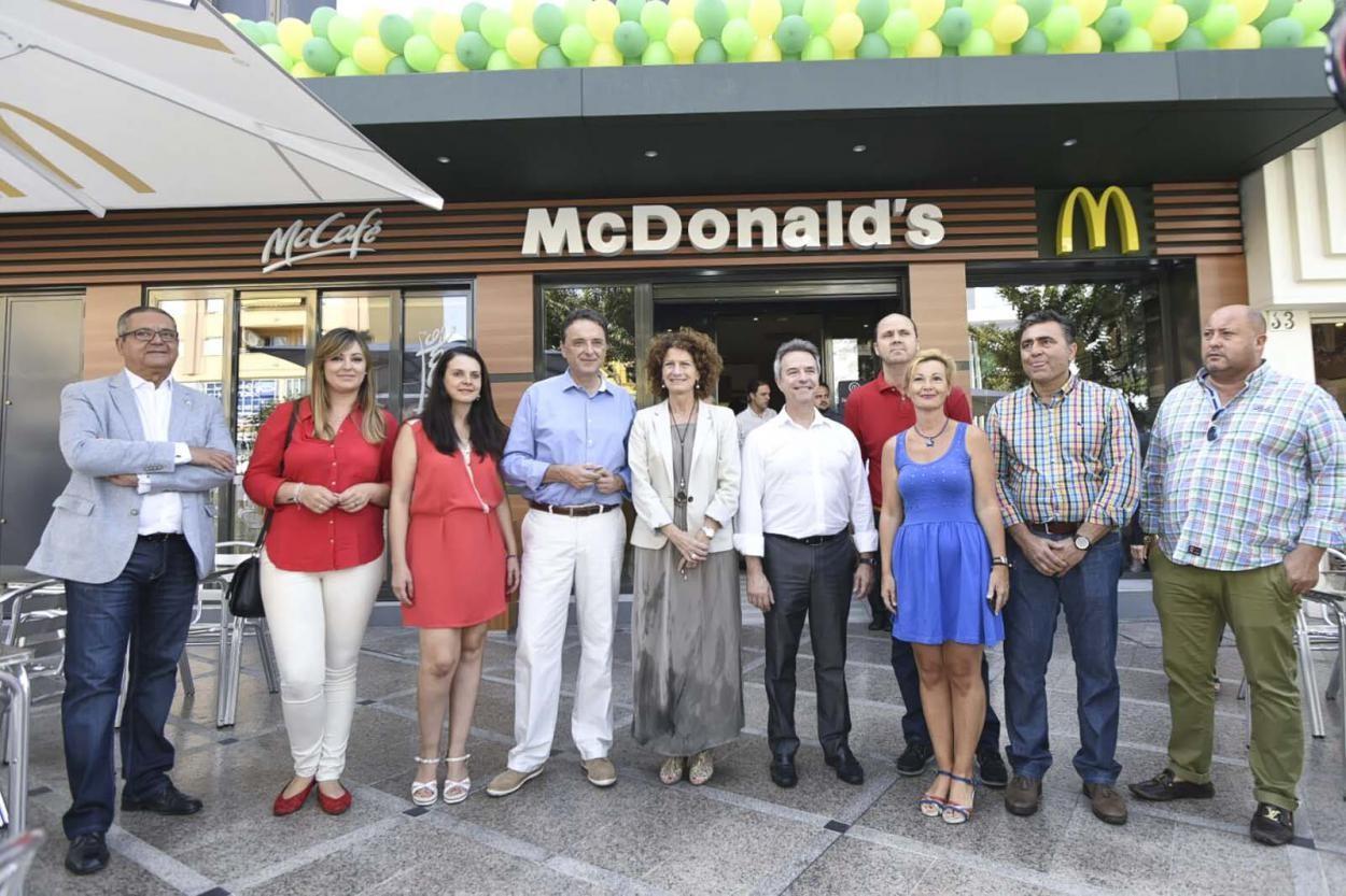 McDonald's reabre en la plaza Costa del Sol de Torremolinos con el restaurante más innovador de la provincia