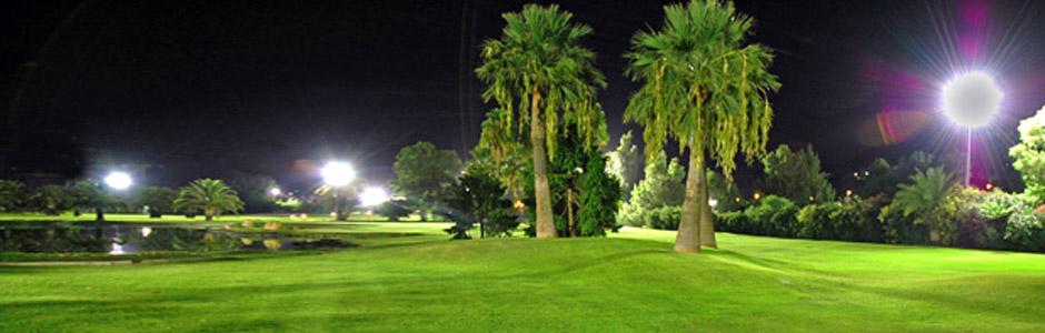Club de Golf La Dama de Noche, primer campo de Europa donde se puede jugar con iluminación nocturna