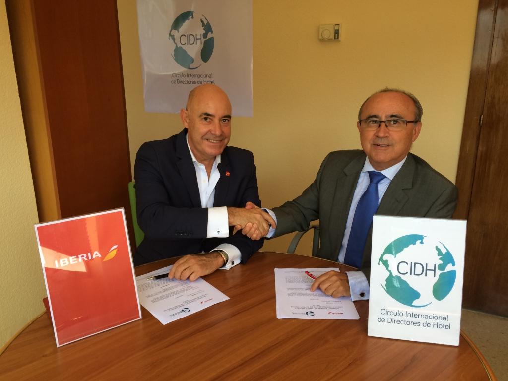 Iberia y el Círculo Internacional de Directores de Hotel firman un acuerdo de colaboración
