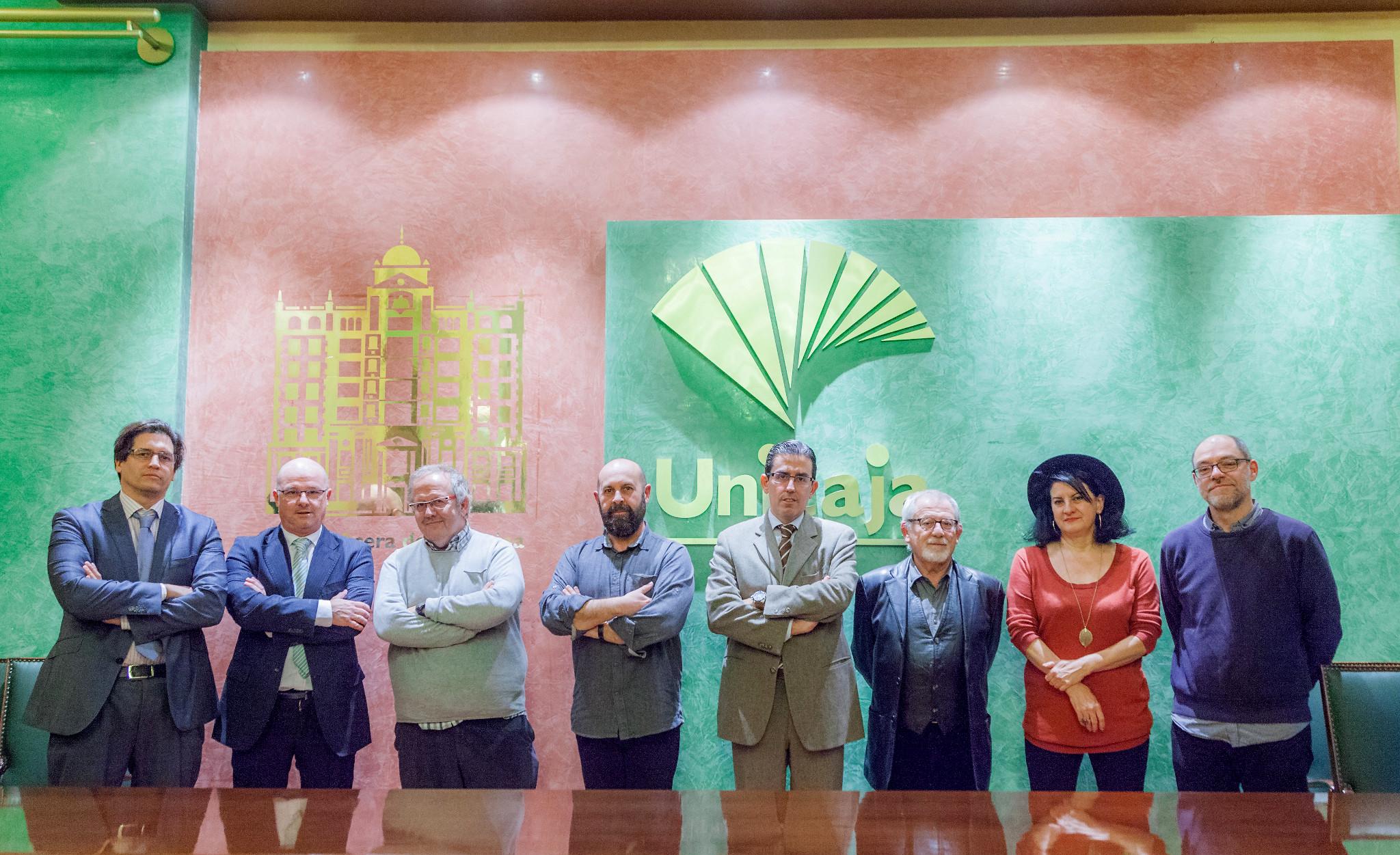 El periodista murciano Gregorio León gana con 'Magali' el XXVII Premio Unicaja de Relatos