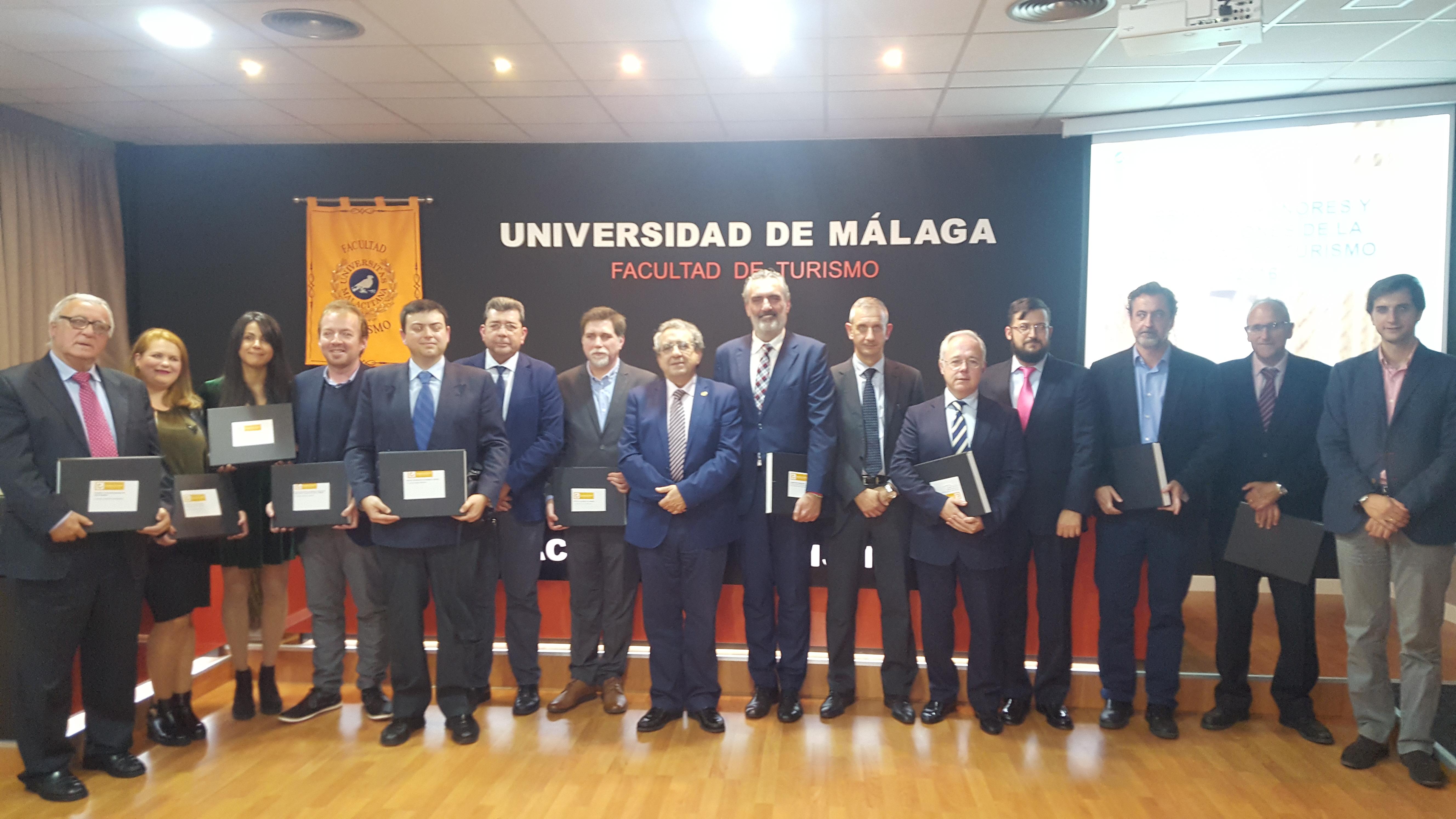 La Facultad de Turismo entrega sus premios, honores y distinciones