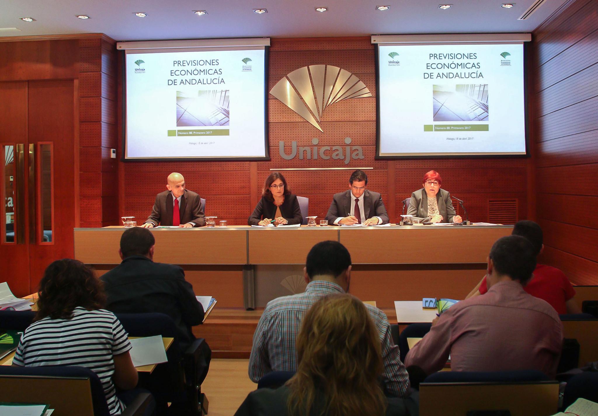 Analistas Económicos de Andalucía publica el último número de su informe 'Previsiones Económicas de Andalucía'