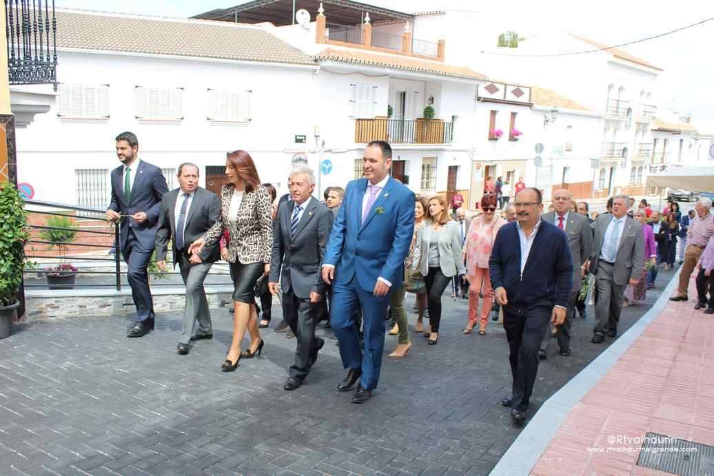 La alcaldesa inaugura la nueva Oficina Municipal de Turismo en Calle Real – Alhaurín el Grande