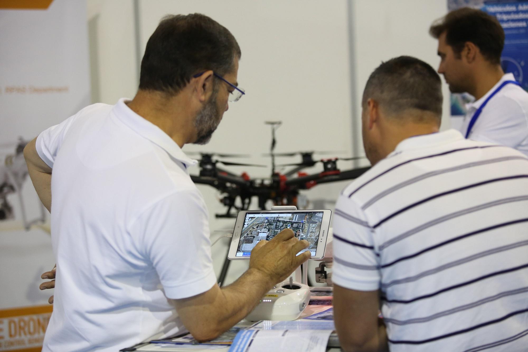 El Salón Hi!drone Technology suma más de 2.900 profesionales en su primera edición