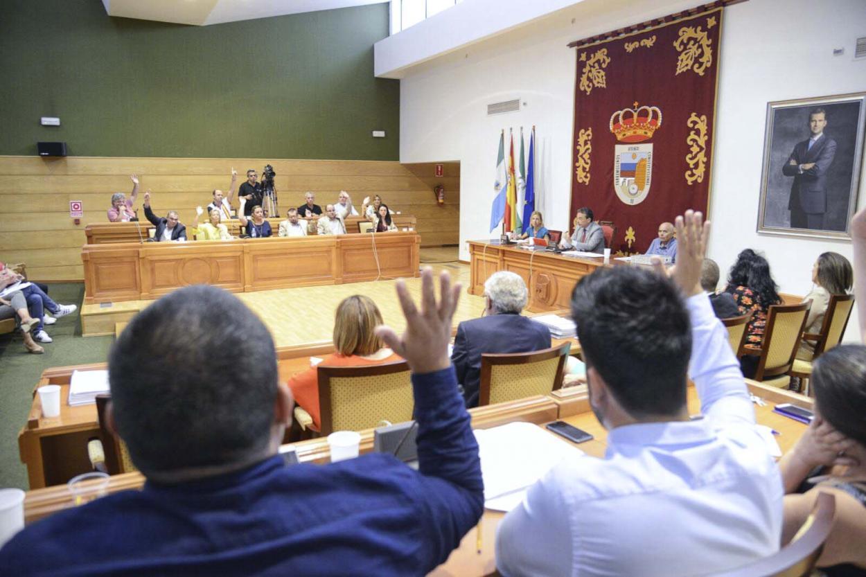 """Torremolinos aprueba unos presupuestos """"históricos"""" que supondrán la renovación y modernización del modelo de ciudad"""