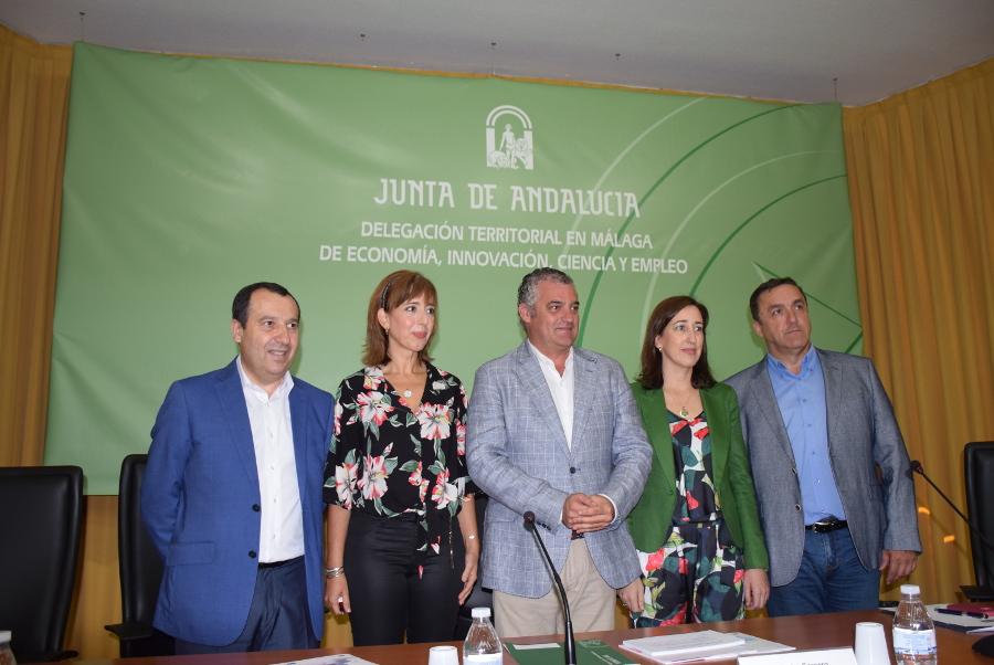 Javier Carnero anima a las empresas a trabajar junto al Gobierno por la industria con los nuevos incentivos de IDEA