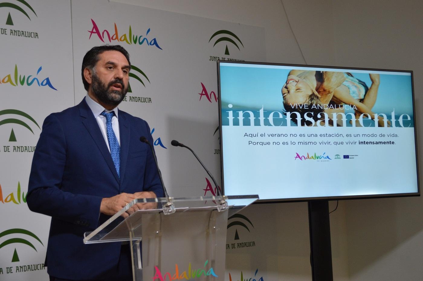 La Junta presenta la nueva campaña para captar turistas regionales