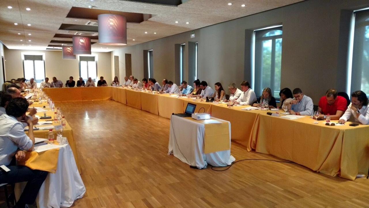 Más de una treintena de empresas participan en el II encuentro andaluz de operadores Contract 2017