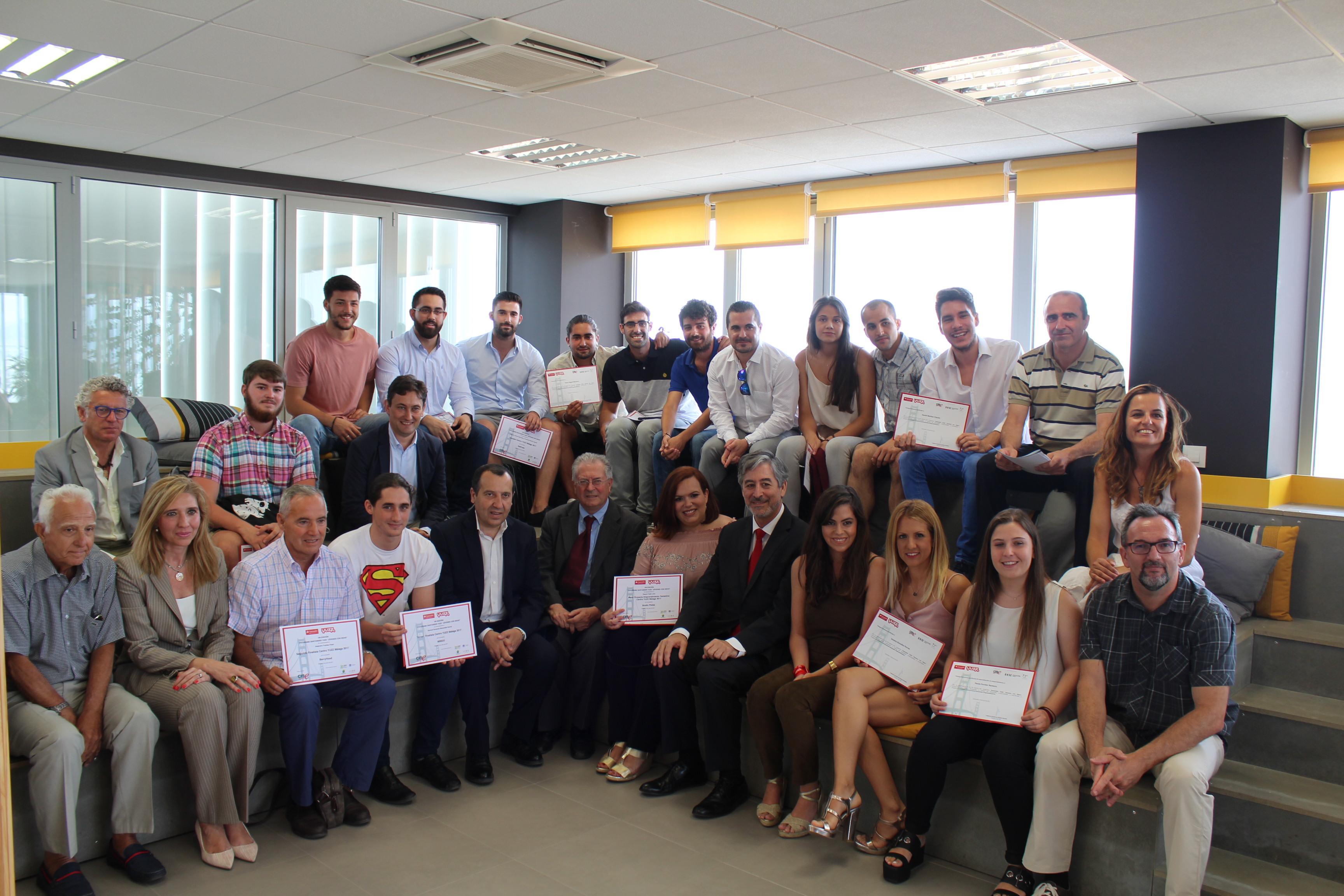 Dos jóvenes de la UMA viajarán a Silicon Valley tras conseguir el premio de YUZZ Málaga