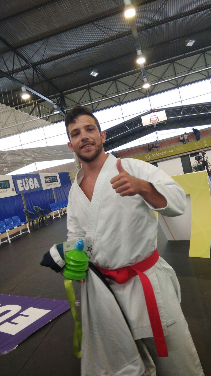Antonio García Vargas, campeón de Europa universitario de kárate en la modalidad de kata