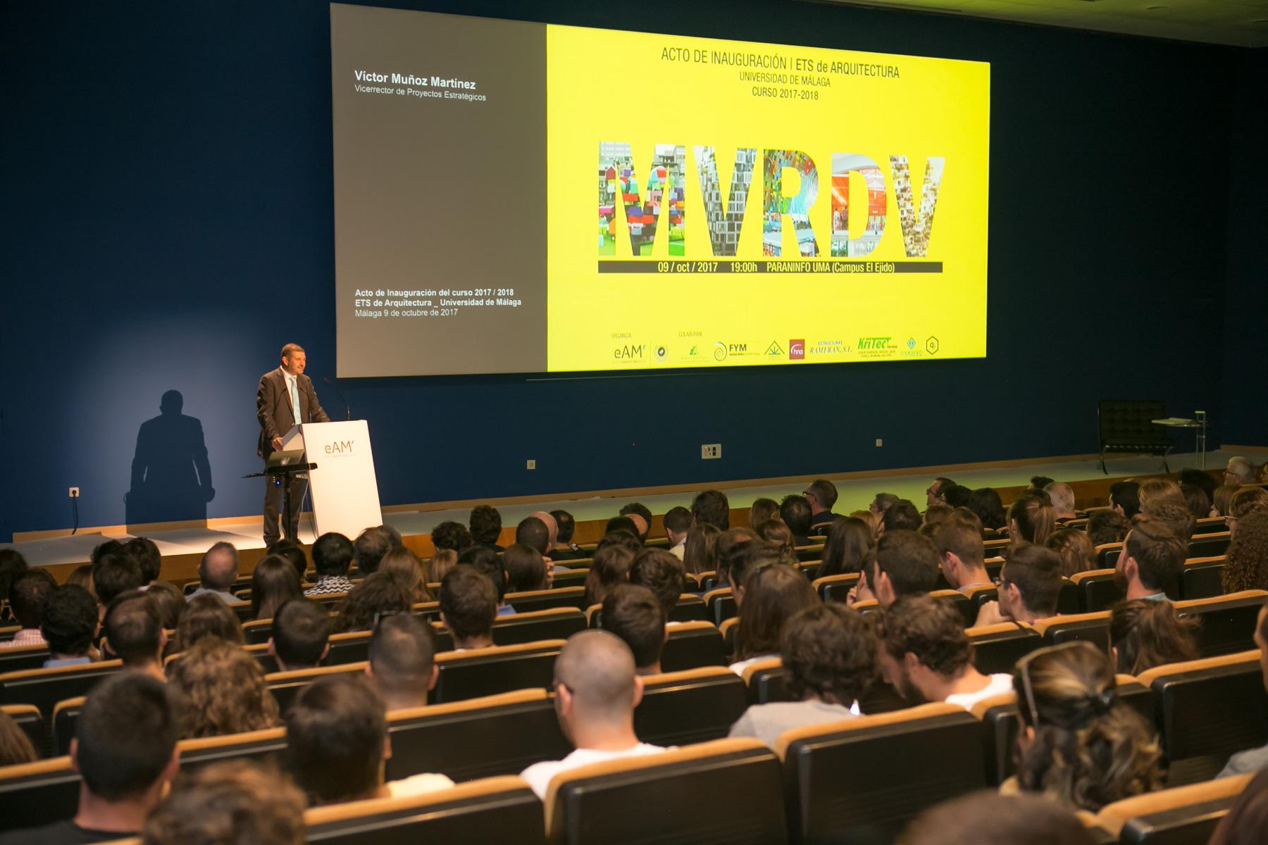 Arquitectura inauguró el curso y entregó los premios proyecto fin de carrera