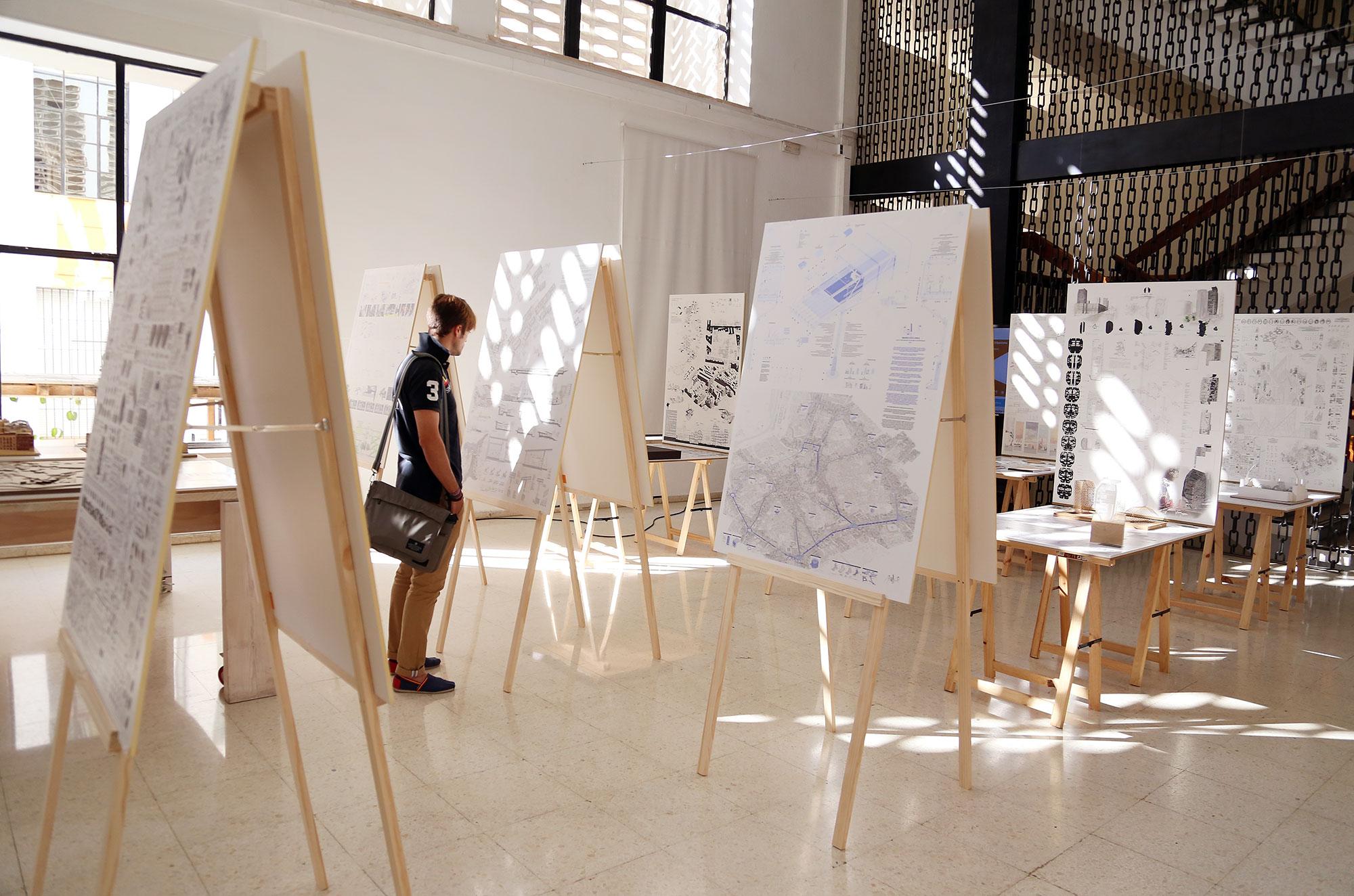 La XIII Bienal Española de Arquitectura y Urbanismo visita la escuela técnica superior de Málaga