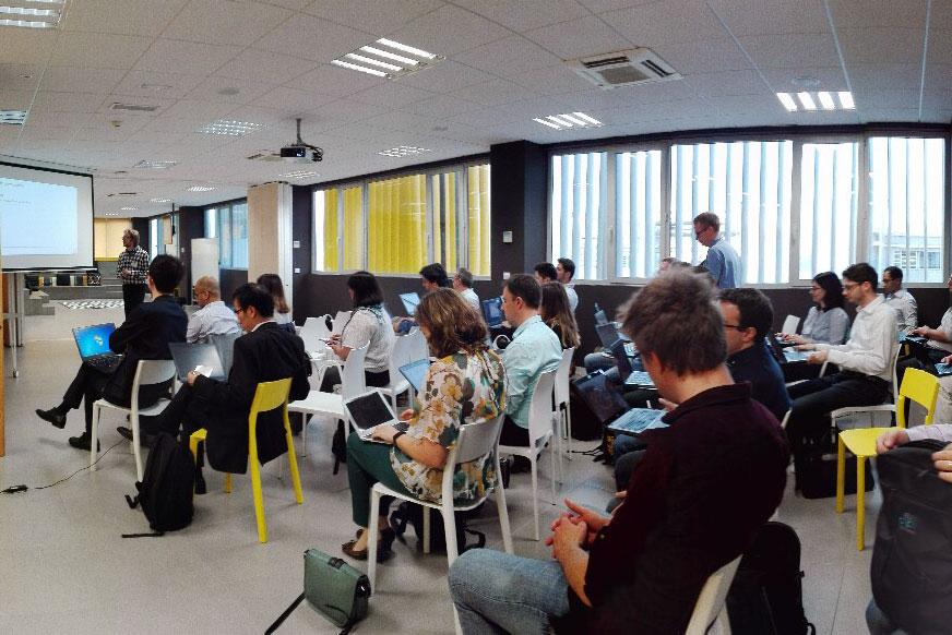 Investigadores europeos se reúnen en la UMA para avanzar en la tecnología 5G