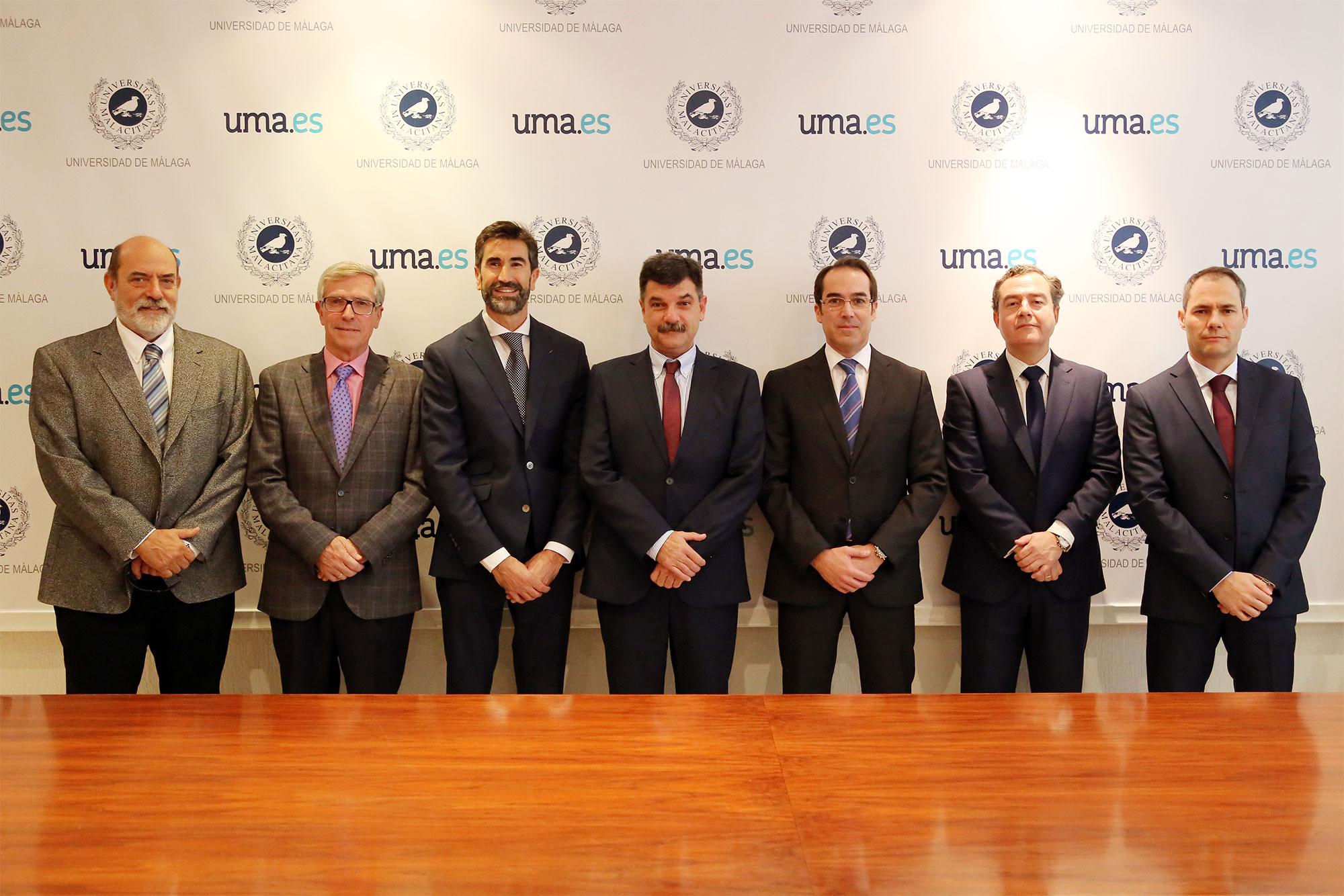 La UMA refuerza su relación con Indra para impulsar el máster en informática aplicada a las telecomunicaciones móviles