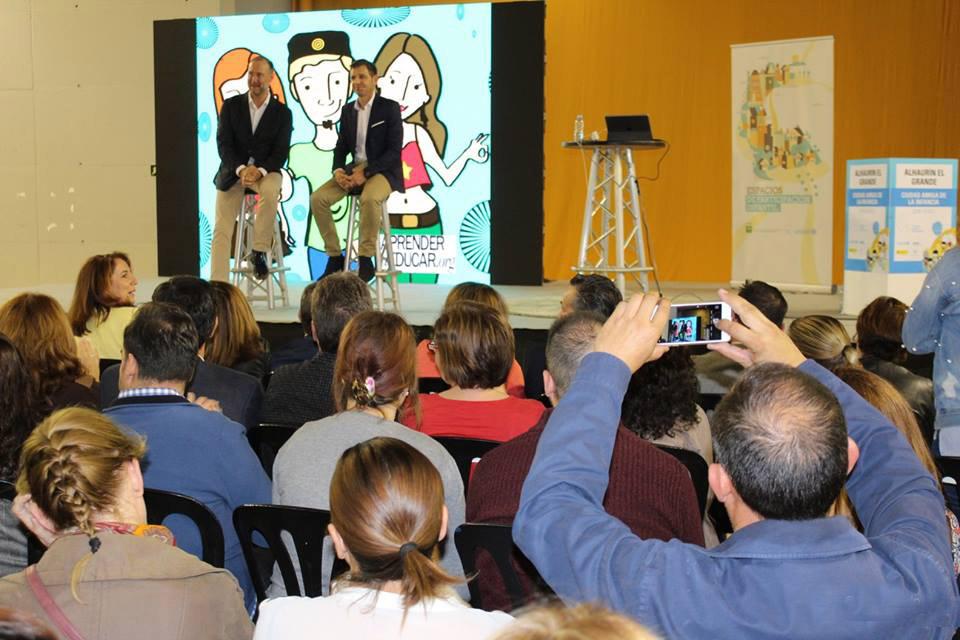 Las conferencias de Pedro García Aguado y Francisco Castaño reúnen a más de 1.000 jóvenes y a casi 1.000 profesionales y familias en Alhaurín el Grande