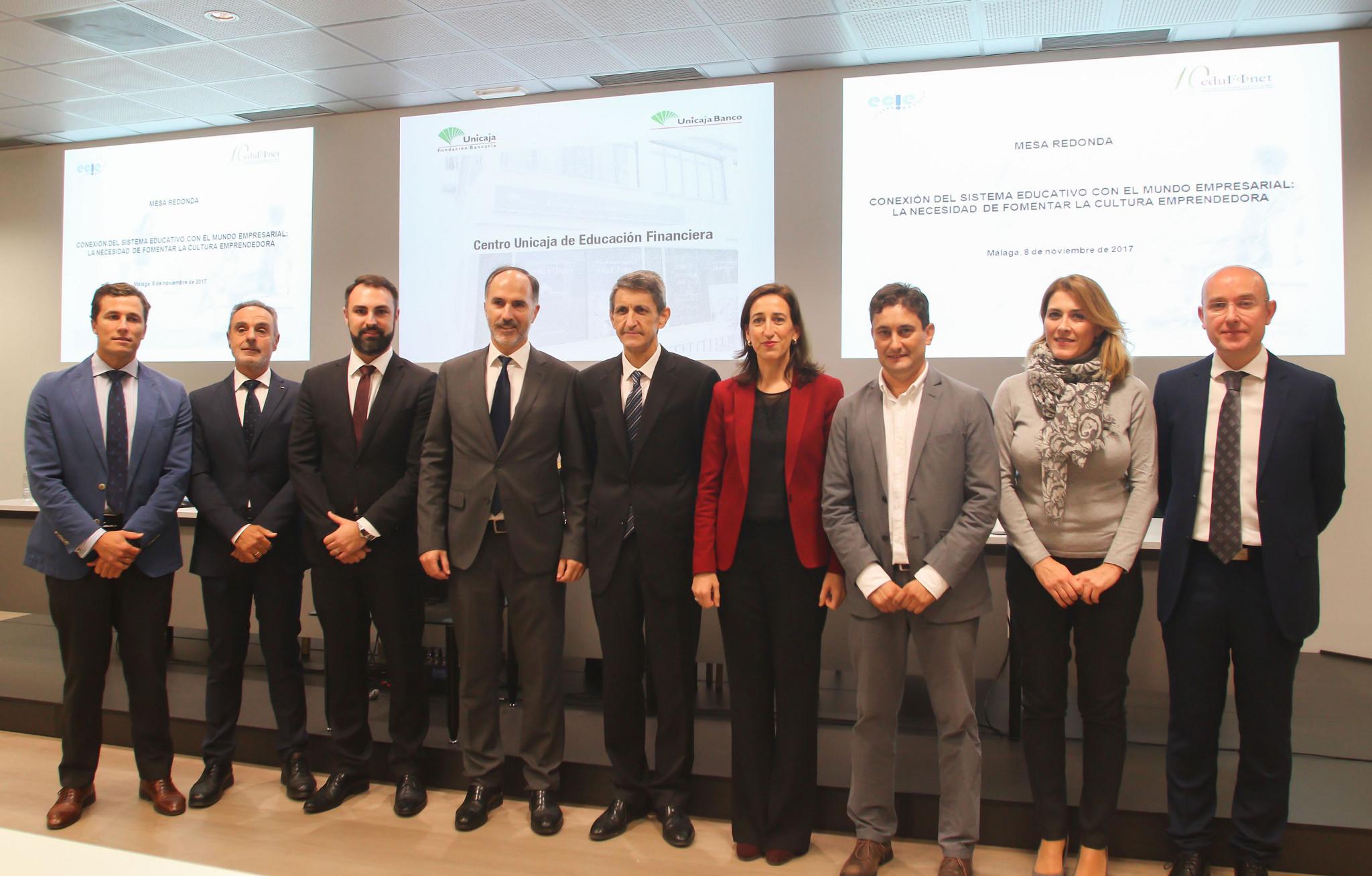 Unicaja y el ECIE analizan la conexión del sistema educativo y la empresa y apuestan por la cultura emprendedora para hacer frente al desempleo juvenil