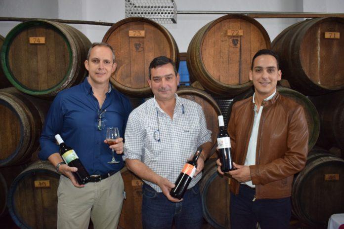 Dimobe embotella sus vinos tradicionales de Málaga