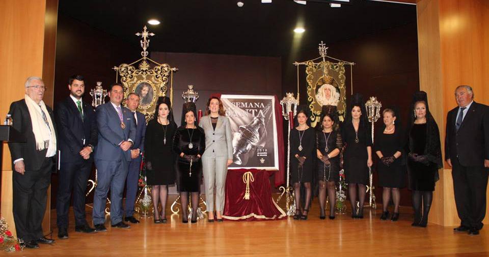 El ayuntamiento de Alhaurín el Grande presenta el cartel oficial de la Semana Santa 2018, junto a la Exaltación de la Saeta y de la Mantilla