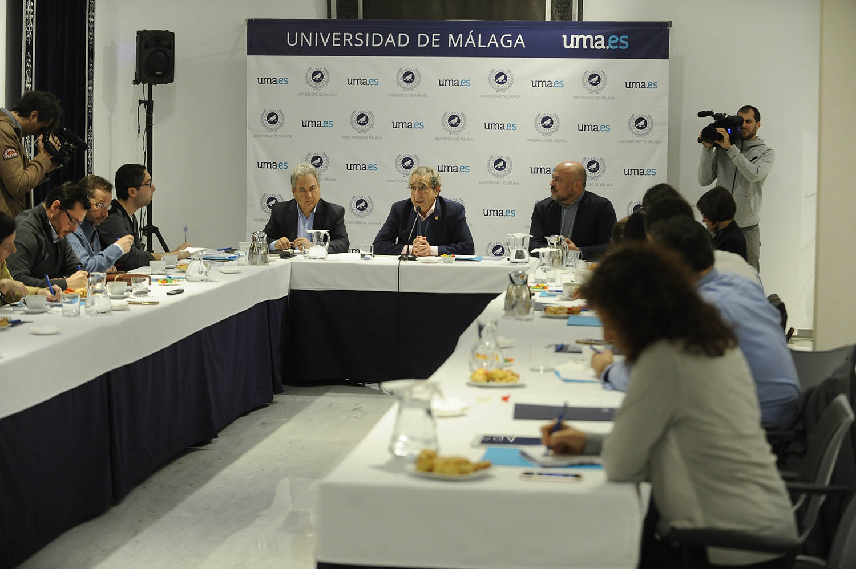 El rector informa en el ecuador de su mandato
