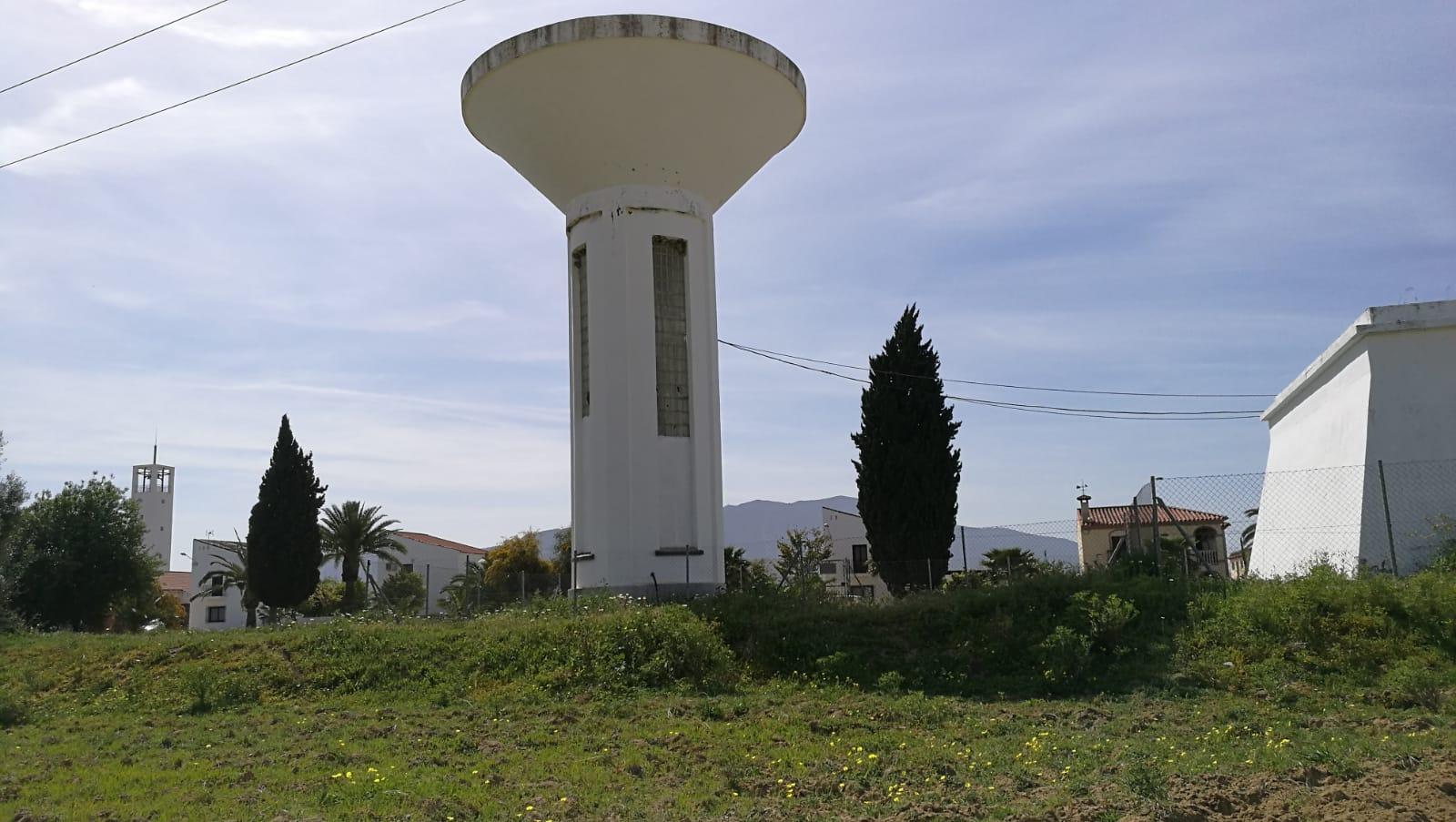 El Ayuntamiento el Grande  adjudica la modernización del depósito de Villafranco por 145.000 euros.