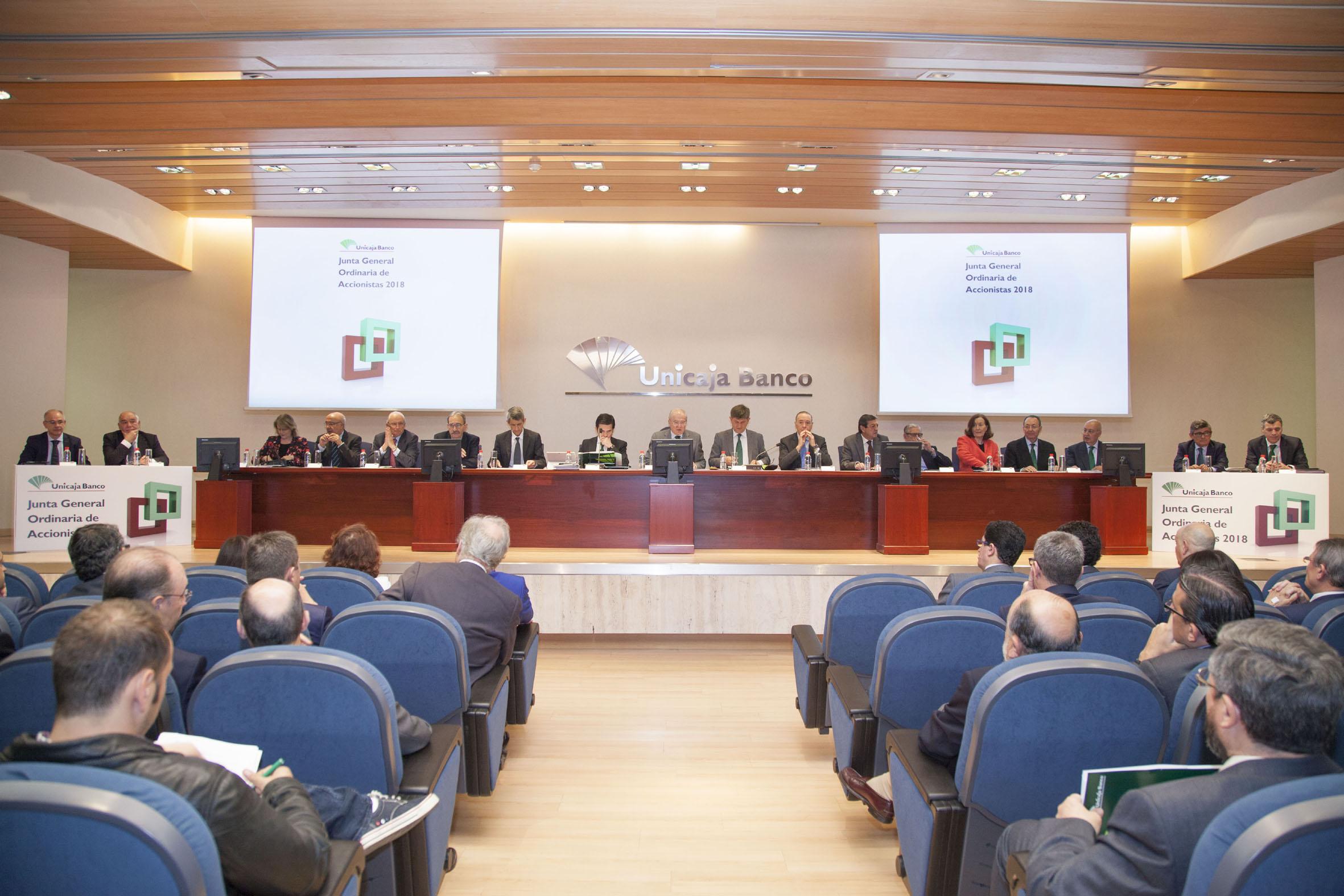 Unicaja Banco aprueba en Junta de Accionistas la fusión de EspañaDuero, la renovación de su Consejo de Administración y aborda una nueva etapa enfocada a la rentabilidad y diversificación del negocio