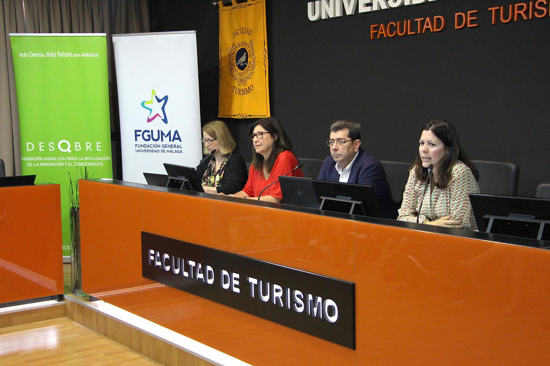 La Fundación Descubre y la FGUMA forman sobre turismo científico en Andalucía