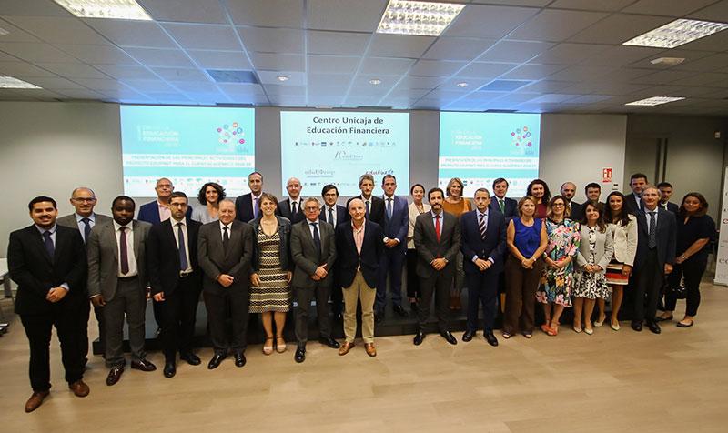 El Proyecto Edufinet de Unicaja arranca el nuevo curso con las X Jornadas de Educación Financiera para Jóvenes y el Congreso Internacional 'Realidades y Retos' como actividad de cierre de su décimo aniversario