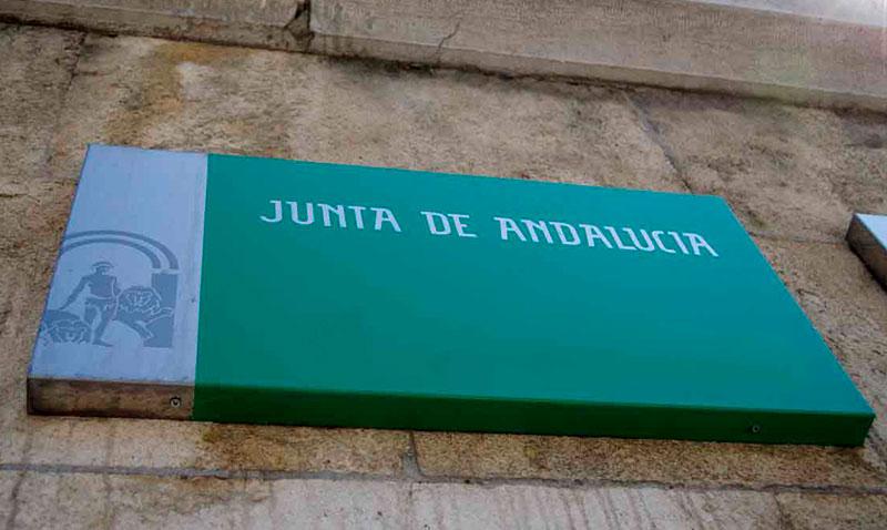 CSIF acusa a la Junta en Málaga de represalias contra dos de sus delegados por actuar ante los incumplimientos sobre seguridad laboral