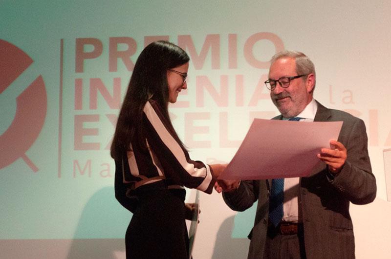 Una mujer, primer Premio Ingenia a la Excelencia Manuel Rusillo