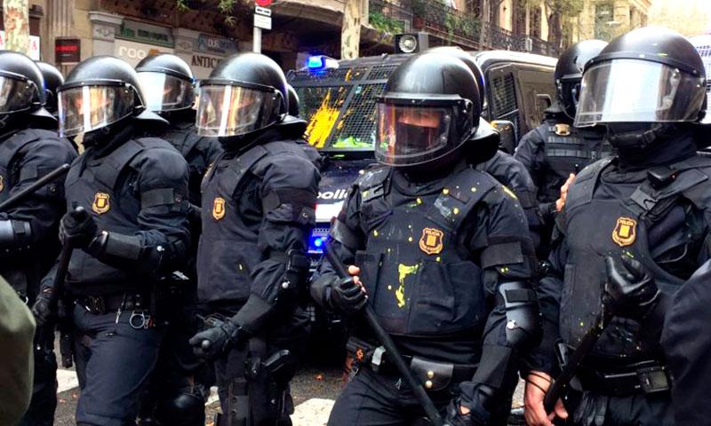 Editorial – Cataluña, al borde del abismo