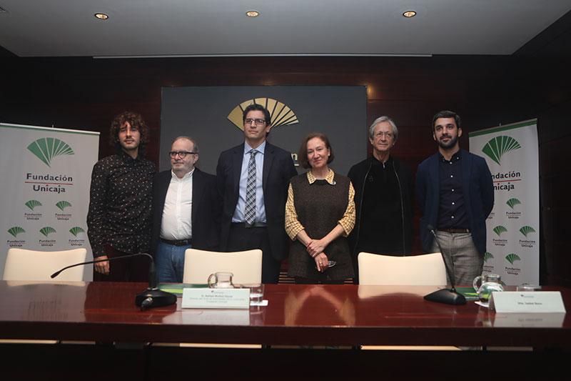 Olalla Castro es la ganadora del XXXIII Premio Unicaja de Poesía
