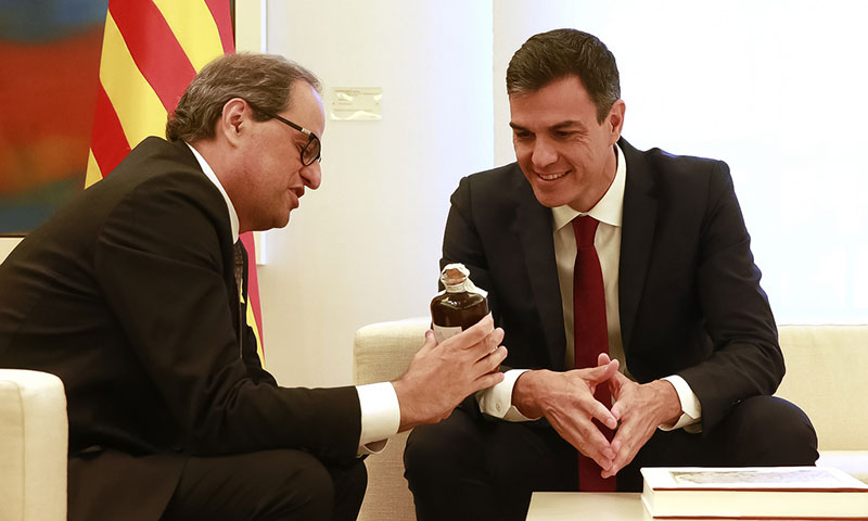 Editorial – ¿Sería excesivo aplicar la ley en Cataluña?