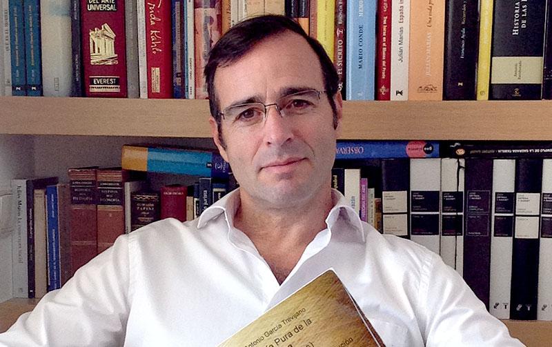 """Emilio Triviño, abogado en Marbella: """"En España hace falta cultura y valentía"""""""