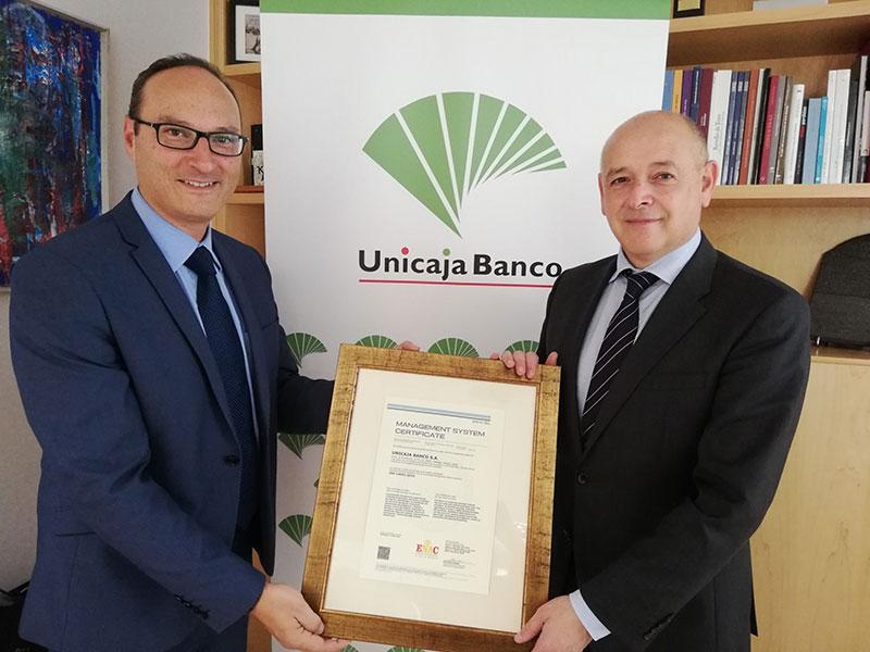 Unicaja Banco continúa con su apuesta por el desarrollo sostenible y adapta su certificado de gestión ambiental a la nueva norma ISO 14001