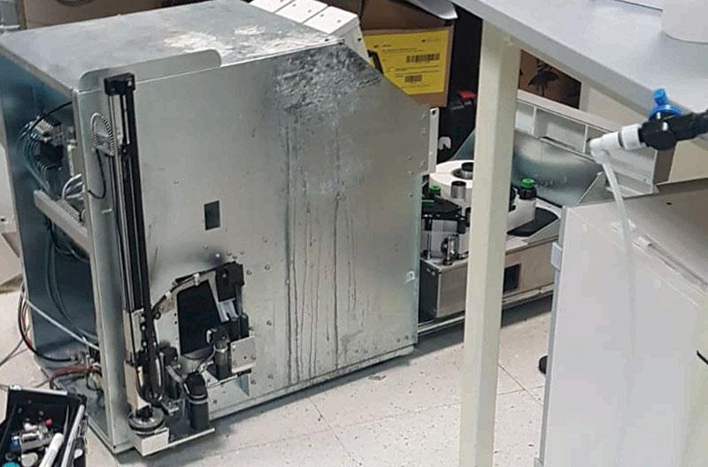 CSIF Málaga critica el colapso de los análisis en los laboratorios del Hospital Clínico