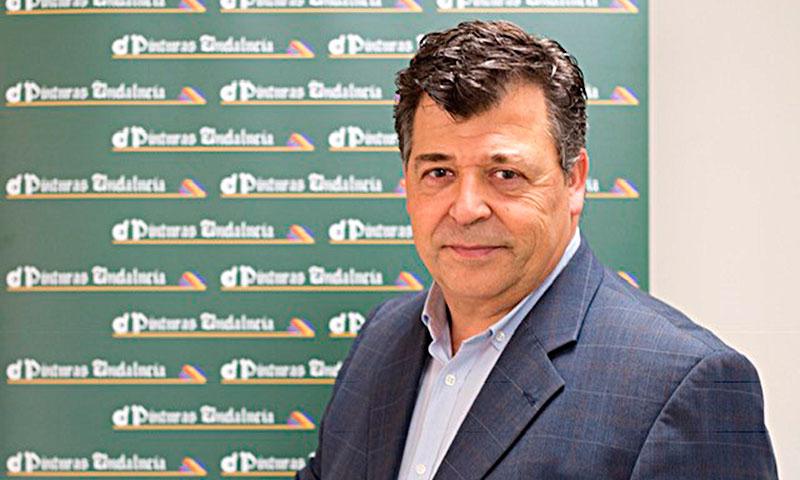 """Manuel Espiritusanto, director de marketing de Pinturas Andalucía: """"Intentamos transmitir y exportar la alegría andaluza"""""""