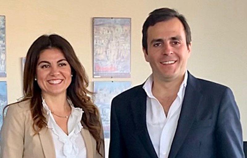 Viviendas Turísticas de Andalucía traslada su aportación al sector a la delegada de Turismo en Málaga
