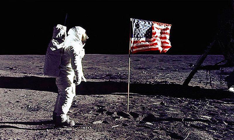 'Encuentros con la ciencia' celebra un especial sobre el 50 aniversario de la llegada del hombre a la Luna