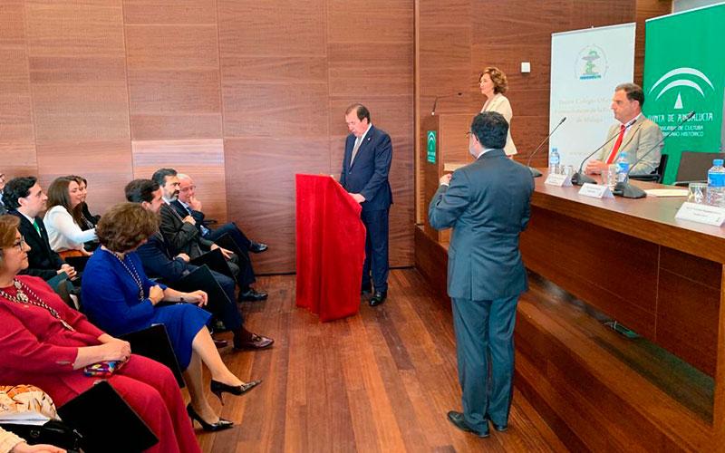Juan José García, director de FQS – Farmaquímica Sur, jura su cargo como vocal del Colegio de Farmacéuticos de Málaga
