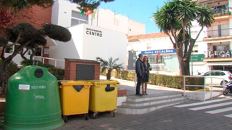 Alhaurín el Grande moderniza los contenedores de papel-cartón del municipio