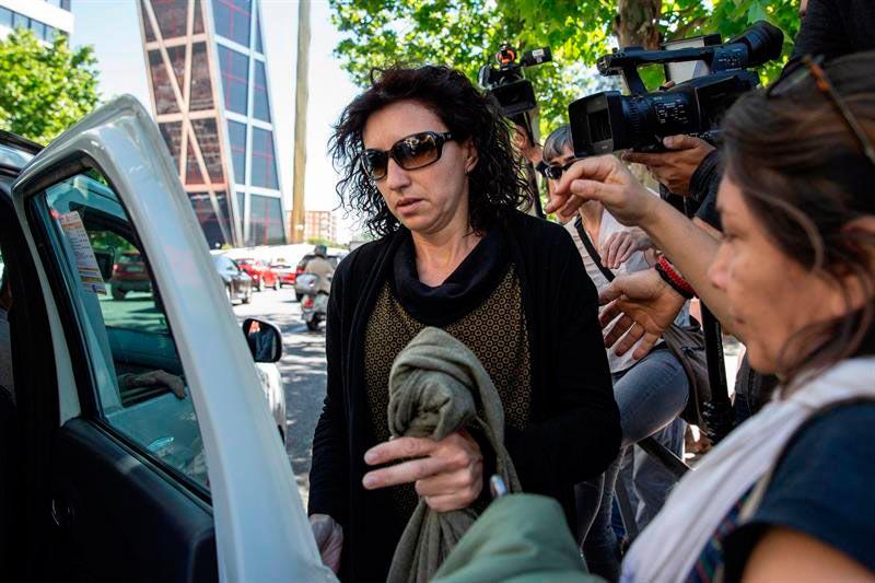 Editorial – Secuestra a su hija y queda en libertad